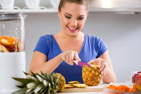 Trái khóm, bồi dưỡng sức khỏe cho phụ nữ