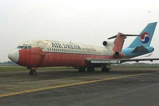 Xin đổi 3 suất dưỡng lão để lấy...máy bay bỏ hoang 12 năm ở Nội Bài