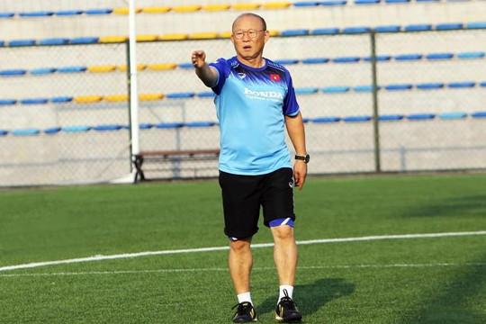 Hà Đức Chinh giúp U.22 Việt Nam cầm hoà với UAE