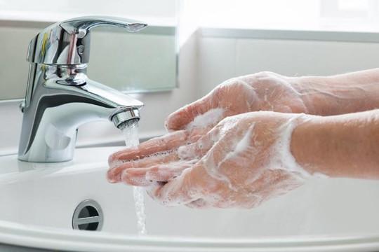 Rửa tay bằng xà phòng là cách phòng bệnh nhiễm trùng hiệu quả