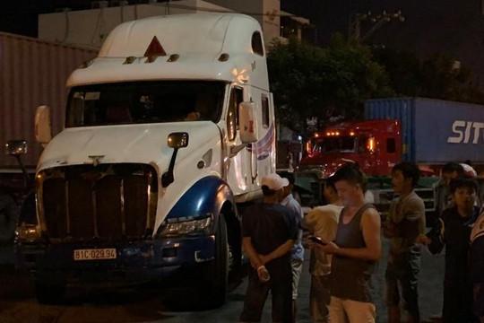 Đà Nẵng: Va chạm với xe container, một cụ ông tử vong