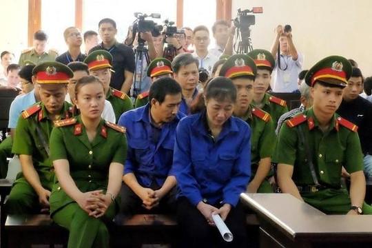 Gian lận thi cử tại Sơn La: Người nhà nhờ 'xem điểm', thí sinh được nâng điểm!