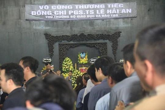 Xúc động lễ tiễn biệt cố Thứ trưởng Bộ GD-ĐT Lê Hải An
