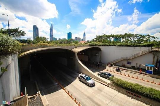 TP.HCM cấm xe lưu thông vào hầm Thủ Thiêm trong 2 ngày