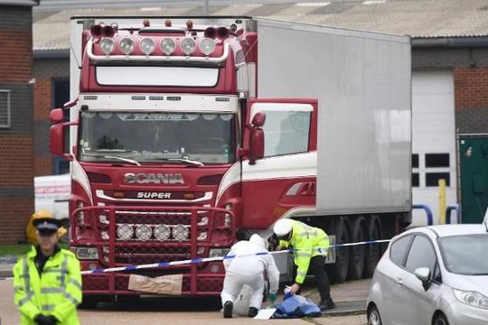 Thời báo Hoàn Cầu: Anh phải chịu trách nhiệm vụ 39 người chết trong xe tải