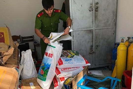 Đà Nẵng: Làm rõ thủ đoạn làm giả hạt nêm Knorr, bột ngọt AOne