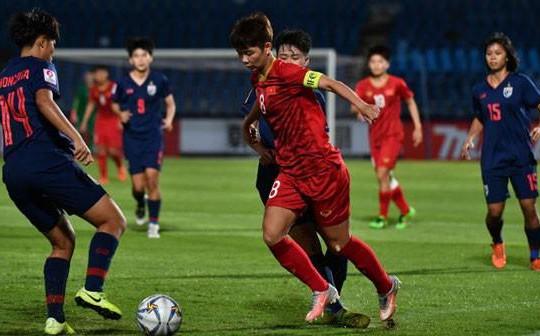 Fan Thái Lan thất vọng, chán nản vì lại thua Việt Nam: 'Chúng ta quá run sợ trước họ'