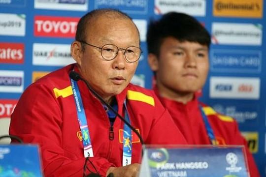 Park Hang-seo sẽ là HLV xuất sắc nhất ĐNÁ, Quang Hải vượt qua Chanathip?