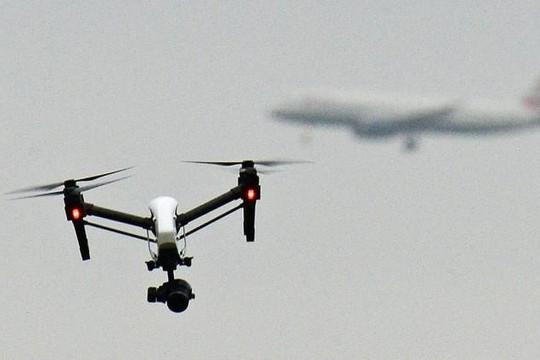 Anh: Dùng thiết bị bay không người lái không phép sẽ bị phạt tới 1.000 bảng
