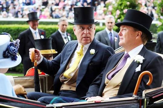Toàn cảnh vụ bê bối tồi tệ nhất của hoàng gia Anh trong thế kỷ 21
