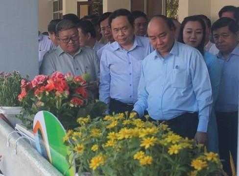 Thủ tướng đối thoại trực tiếp với nông dân để gỡ  5 'điểm nghẽn'