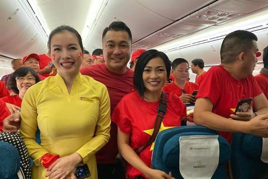 Phương Thanh cùng Lý Hùng, Nhật Cường bay qua Philippines cổ cũ U.22 Việt Nam tranh HCV SEA Games