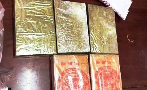 Nghệ An: Phá 2 chuyên án ma túy, thu giữ 5 bánh heroin và gần 1.000 viên hồng phiến