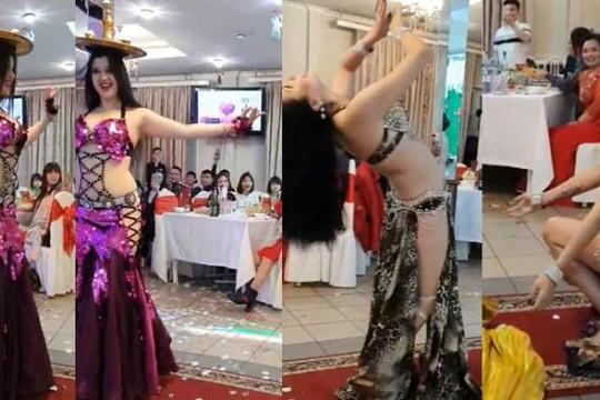Clip 2 cô gái mặc đồ hở hang múa bụng nhiệt tình ở đám cưới