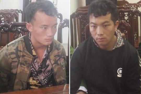 Nghệ An: Bắt 2 người Lào vận chuyển 30 bánh heroin và 18kg ma túy đá