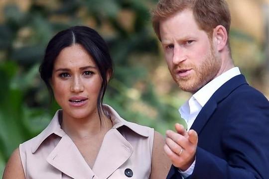Hoàng gia Anh 'thất vọng và tổn thương vì' quyết định rút lui của Hoàng tử Harry