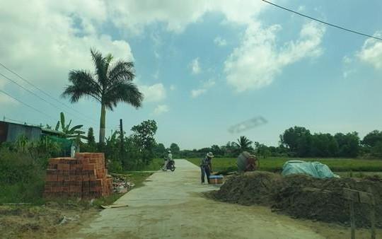 Chuyện lạ ở Sóc Trăng: Dân hiến đất làm đường, chính quyền quyết không nhận!