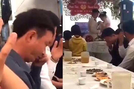 Clip cô dâu nói lời tâm can với chú rể ở đám cưới khiến nhiều người bật khóc