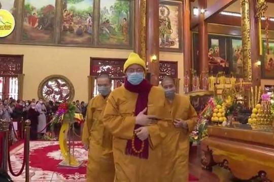 Trụ trì chùa Ba Vàng đã biết sợ coronavirus?!