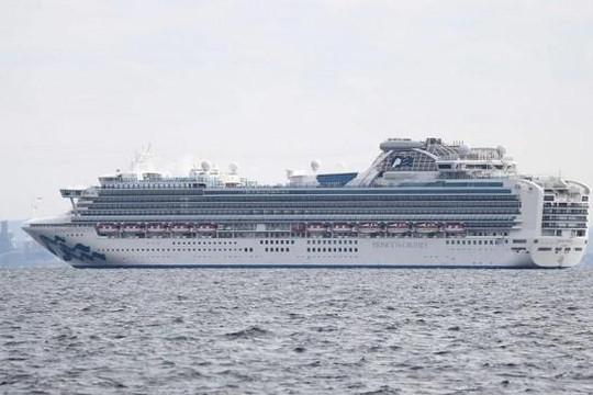 Nhật cách ly du thuyền chở 3.700 người sau khi phát hiện 10 ca nhiễm coronavirus