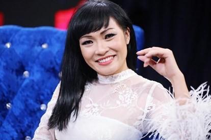 Phương Thanh xót xa nhớ lại chuyện xưa: 'Mẹ bị khinh thường vì nghèo mà bày đặt cho con làm ca sĩ'