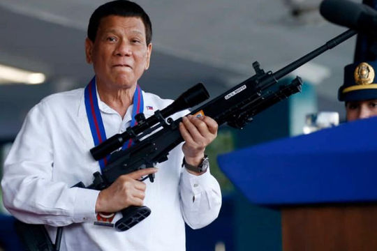 Tổng thống Philippines Duterte hủy hiệp ước quân sự quan trọng với Mỹ