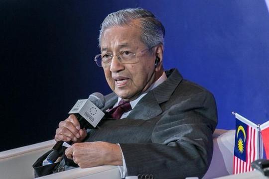 Thủ tướng 95 tuổi của Malaysia đệ đơn từ chức