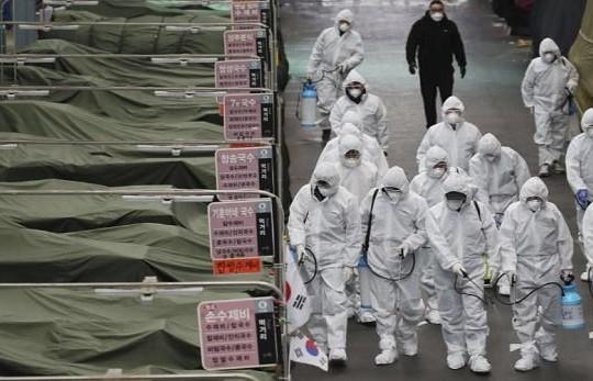 Số ca nhiễm tại Hàn Quốc vượt mốc 800