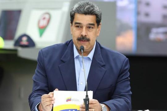 Tổng thống Venezuela yêu cầu mỗi phụ nữ đẻ 6 con 'vì lợi ích quốc gia'