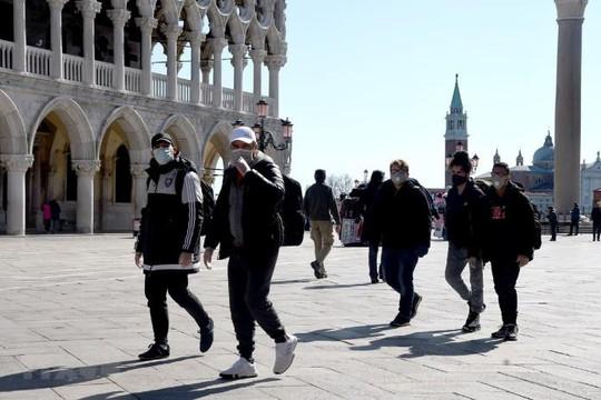 COVID-19: Italy vượt mốc 10.000 ca nhiễm, hơn 630 người chết