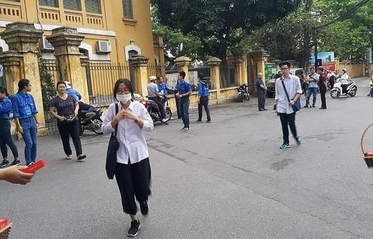 Học sinh Hà Nội tiếp tục nghỉ đến hết tháng 3, riêng THPT đến 22.3