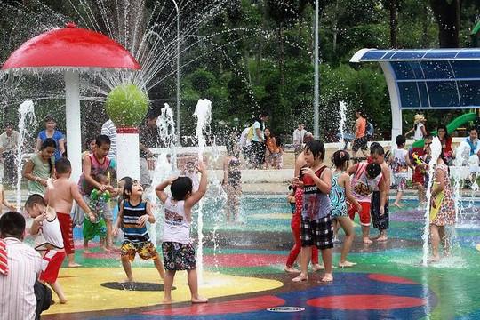 TP.HCM tiếp tục đóng cửa công viên, ngưng tổ chức thánh lễ