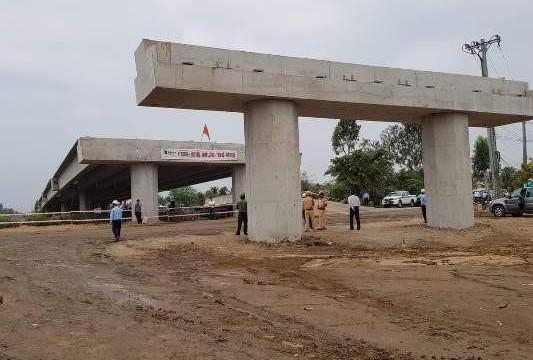 Khánh Cường bị đình chỉ cung cấp vật liệu cho dự án cao tốc Trung Lương - Mỹ Thuận