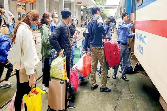 Tất cả hành khách đến ga Sài Gòn buộc phải xét nghiệm COVID-19