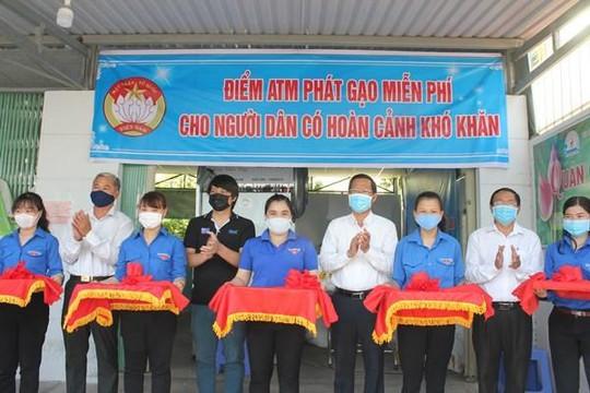 Xuất hiện thêm nhiều  'ATM gạo' miễn phí cho người nghèo