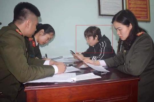 Hà Tĩnh: Người phụ nữ đăng tin sai về Covid-19 bị phạt 10 triệu đồng