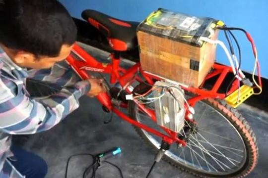 Clip YouTuber chế tạo xe điện từ xe đạp với chi phí 4,3 triệu đồng gây sốt