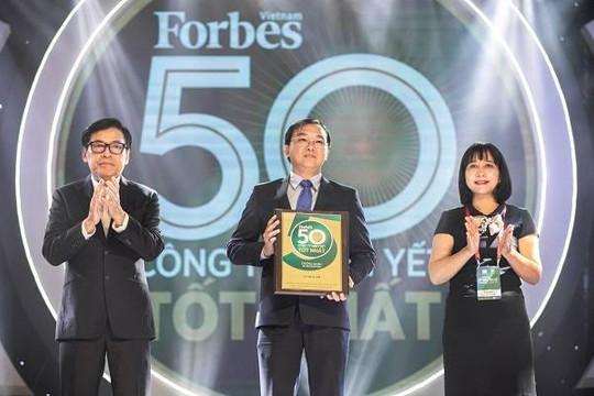 Vinamilk liên tục trong Top doanh nghiệp niêm yết xuất sắc của Việt Nam và châu Á