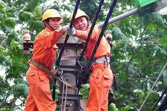 Hà Nội: Tiêu thụ điện cao kỷ lục do nóng vượt ngưỡng 40 độ C