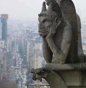 Những 'quái thú' đang bảo vệ cho nhà thờ Đức Bà Paris