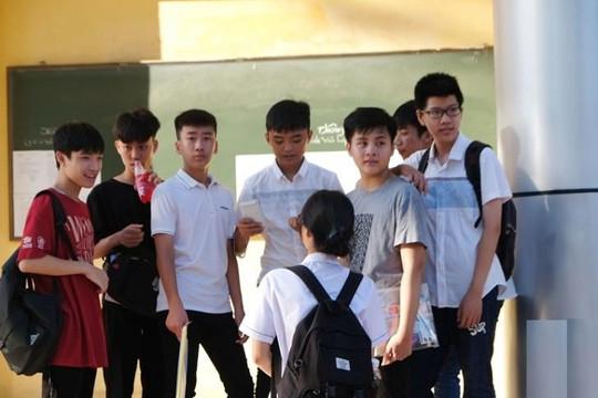 Môn Toán kết thúc kỳ thi vào lớp 10 tại Hà Nội, đề thi vừa sức