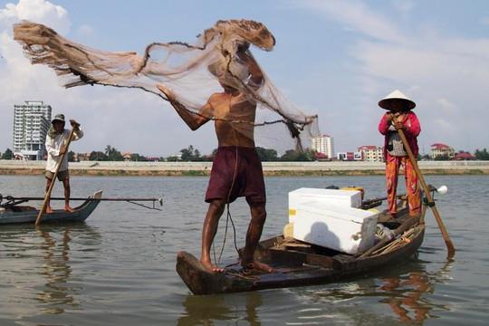 Trước nỗi lo hạn hán, Campuchia dừng các kế hoạch thủy điện trên sông Mekong