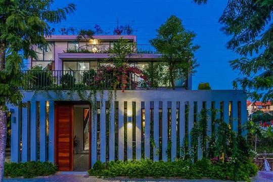 Ngôi nhà đan xen giữa những khu vườn xanh ở Ninh Bình