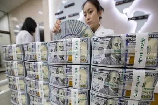 Mua bán ngoại tệ dưới 1.000 USD sẽ bị cảnh cáo, nhưng không phạt tiền