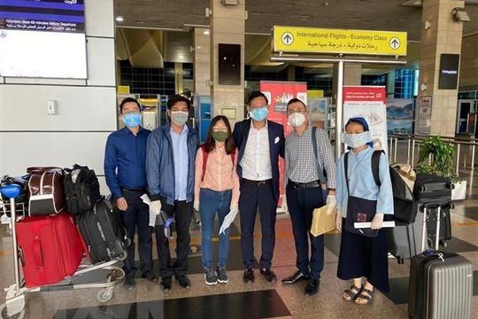 Đưa 266 công dân Việt Nam từ Kuwait, Qatar, Ai Cập về nước