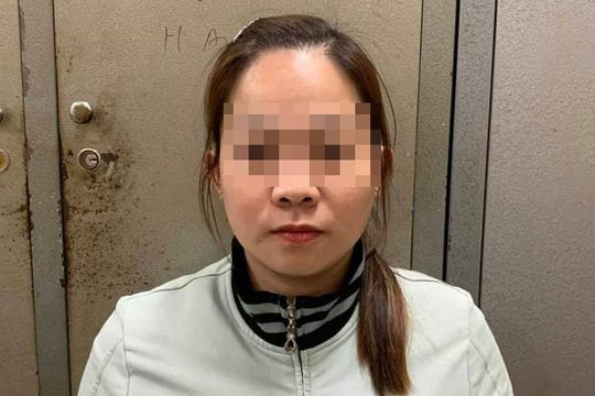 Nhân viên massage trộm 50 triệu đồng bao bạn trai chơi lễ tình nhân