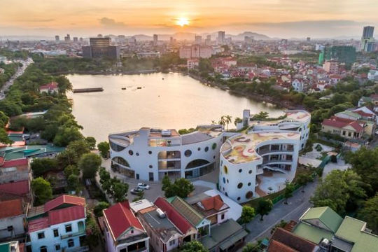 Trường mẫu giáo sinh thái có kiến trúc đa chiều tại thành phố Vinh