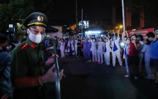 Bệnh viện Bạch Mai chính thức được dỡ bỏ lệnh phong tỏa