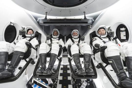 SpaceX sẽ đưa 4 phi hành gia lên trạm ISS vào tháng 10