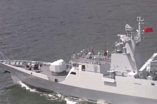 Đằng sau việc chiến hạm Trung Quốc diễn tập bắn đạn thật ở Biển Đông